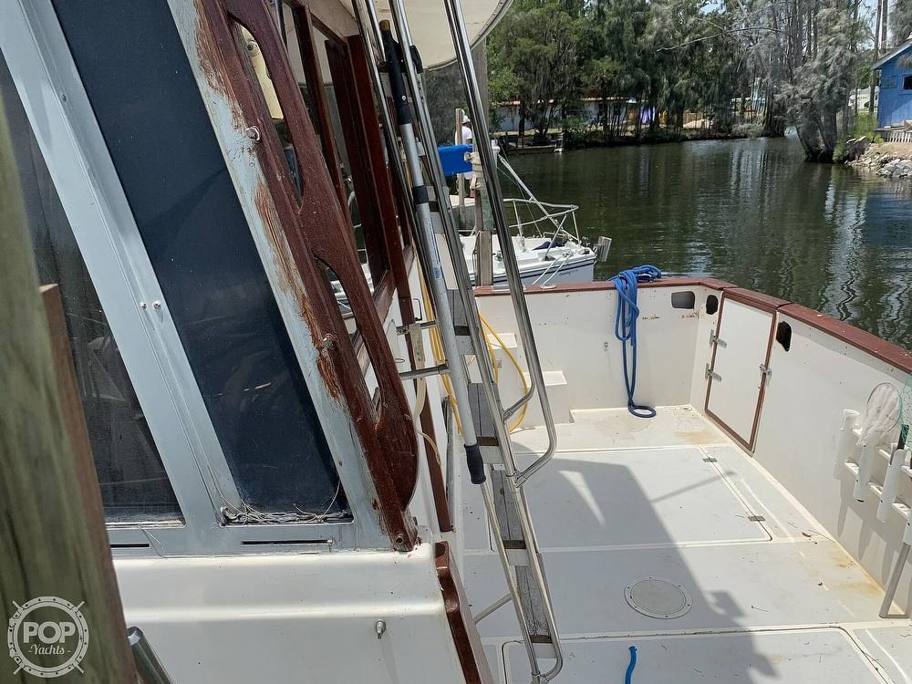 1987 Bayliner boat for sale, model of the boat is 3870 & Image # 18 of 40