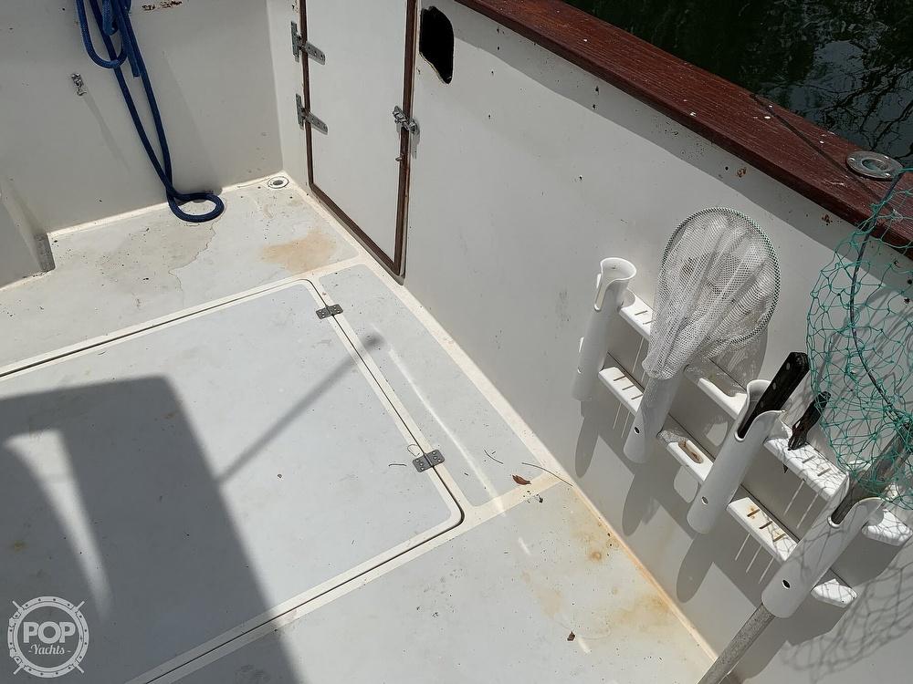1987 Bayliner boat for sale, model of the boat is 3870 & Image # 24 of 40