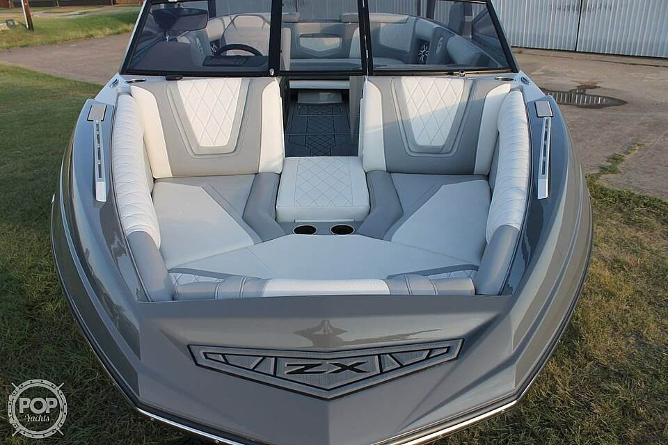 2019 Tige boat for sale, model of the boat is ZX5 & Image # 5 of 20