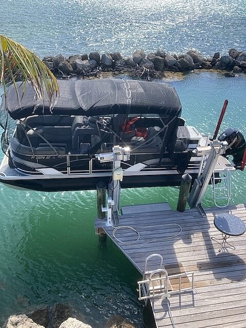 2017 Sylvan boat for sale, model of the boat is Mirage 8522 & Image # 2 of 3