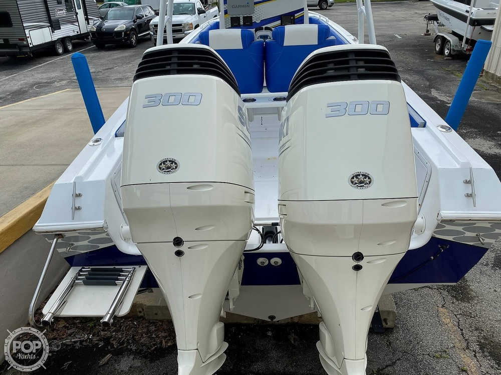 1987 Chris Craft boat for sale, model of the boat is Scorpion 313 & Image # 12 of 40