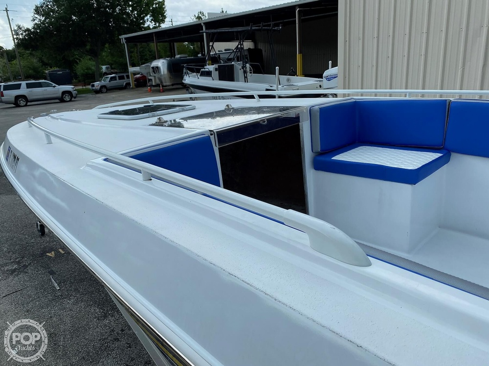 1987 Chris Craft boat for sale, model of the boat is Scorpion 313 & Image # 22 of 40