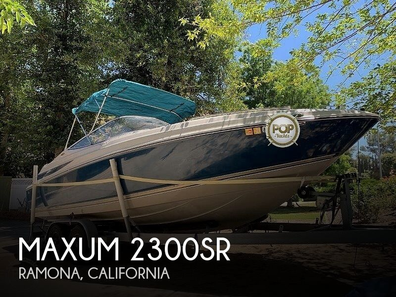 1997 Maxum 2300SR
