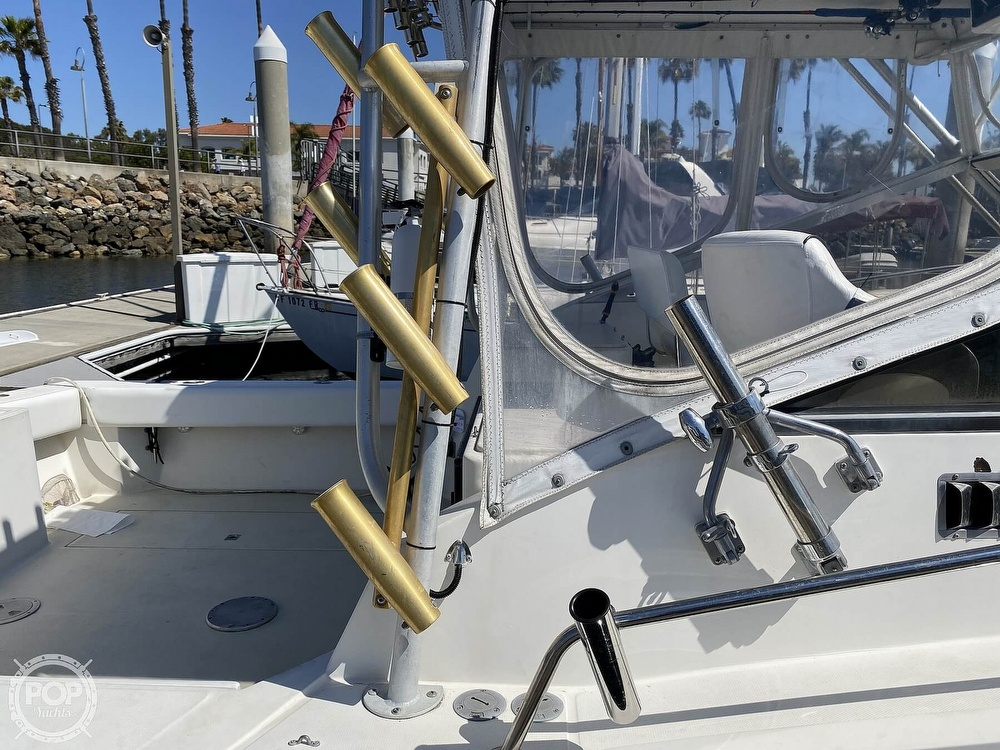 2000 Carolina boat for sale, model of the boat is classic 28 & Image # 25 of 40