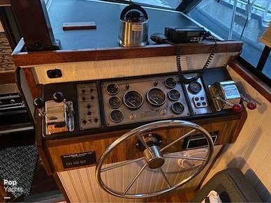 1983 Carver 3207 aft cabin - #4