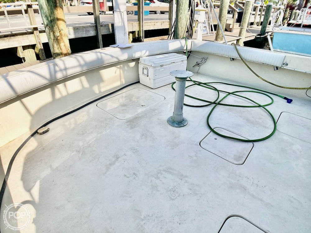 1974 Hatteras boat for sale, model of the boat is 53 Convertible & Image # 39 of 40