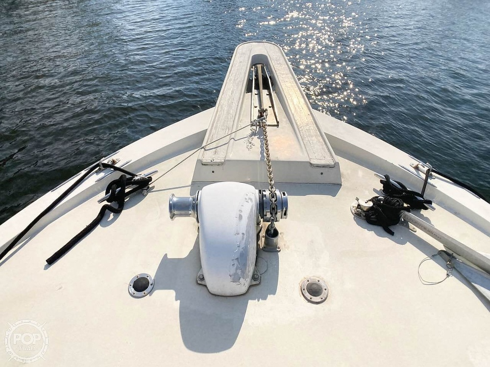 1974 Hatteras boat for sale, model of the boat is 53 Convertible & Image # 15 of 40