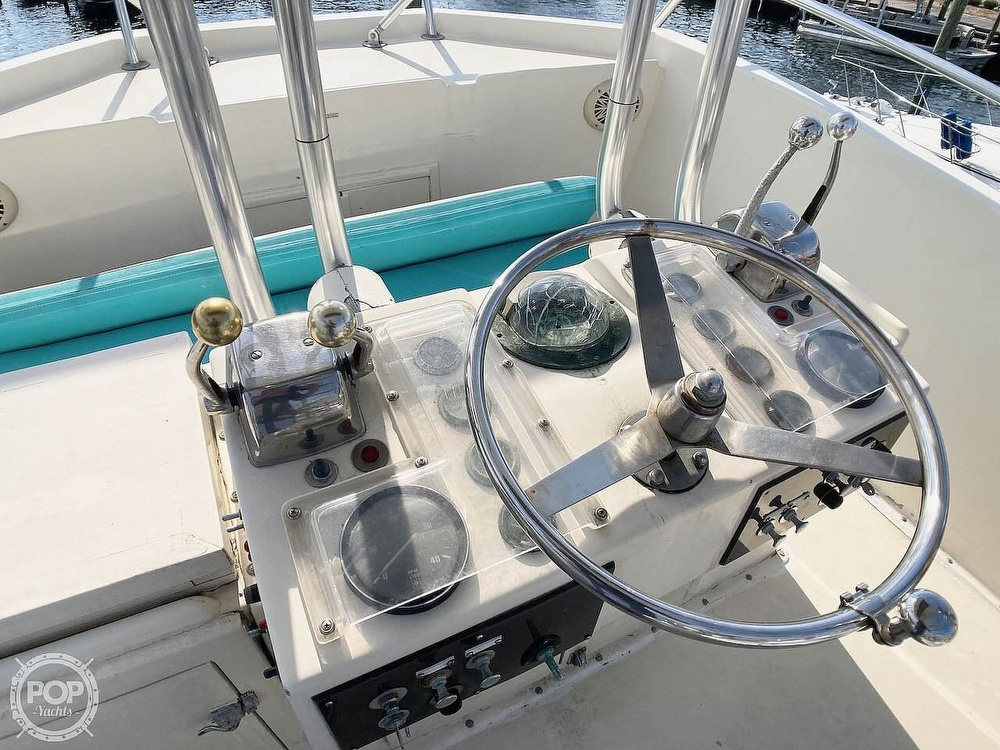 1974 Hatteras boat for sale, model of the boat is 53 Convertible & Image # 21 of 40