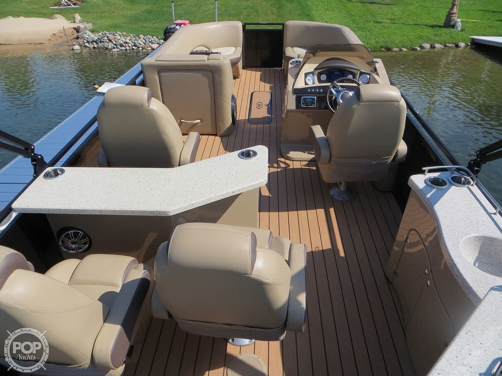 2018 Harris boat for sale, model of the boat is Solstice 240 & Image # 4 of 40