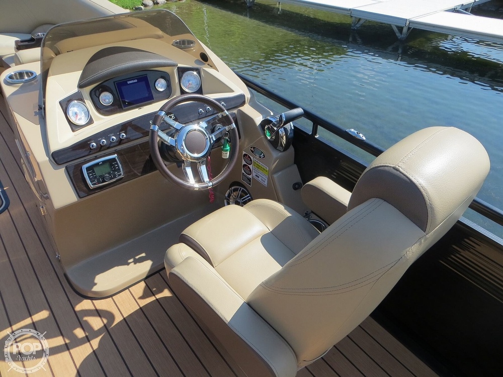 2018 Harris boat for sale, model of the boat is Solstice 240 & Image # 5 of 40