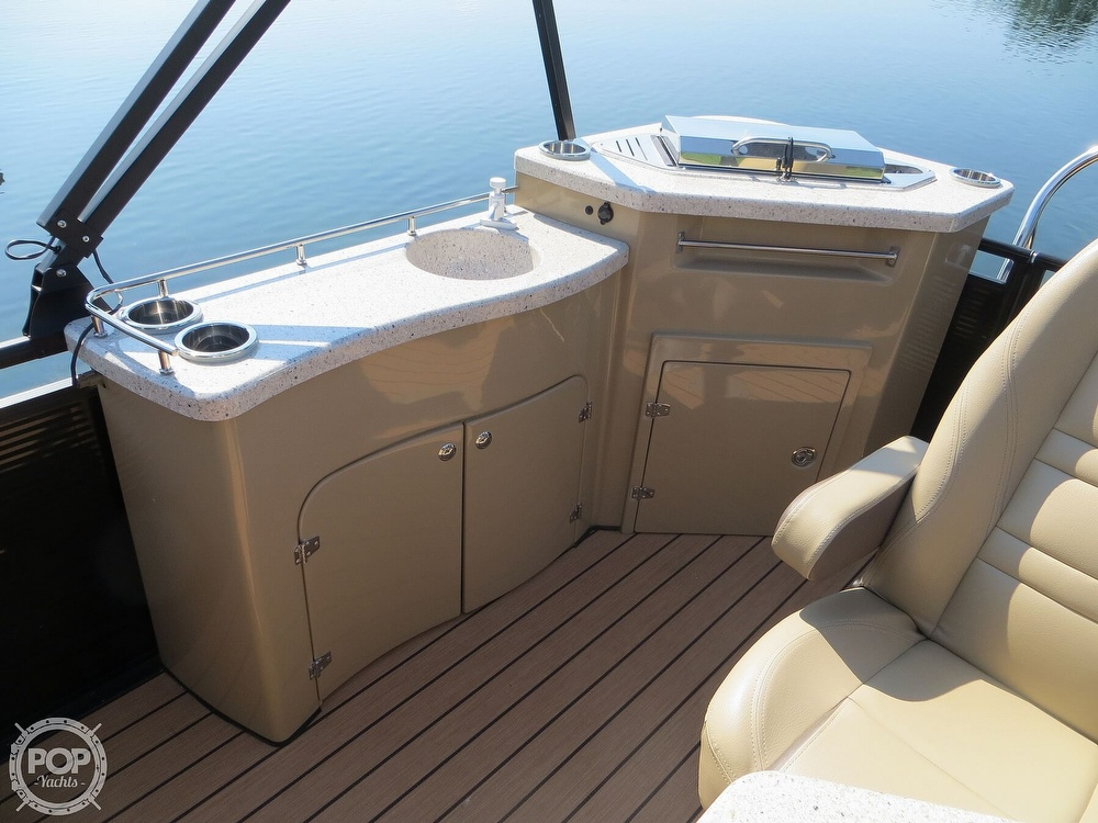 2018 Harris boat for sale, model of the boat is Solstice 240 & Image # 10 of 40