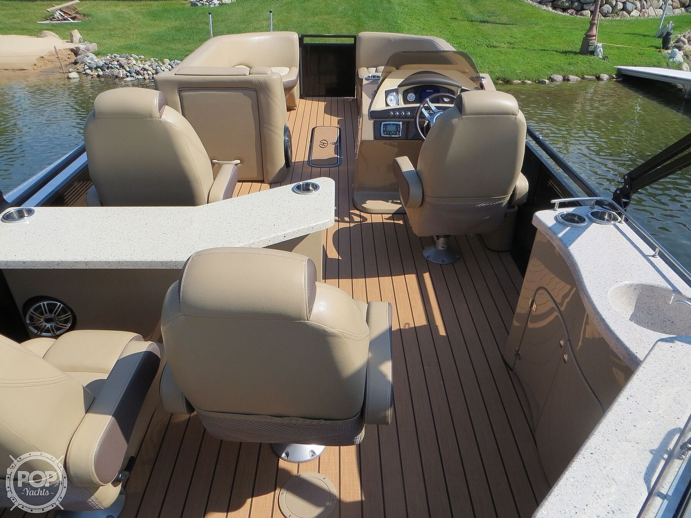 2018 Harris boat for sale, model of the boat is Solstice 240 & Image # 16 of 40