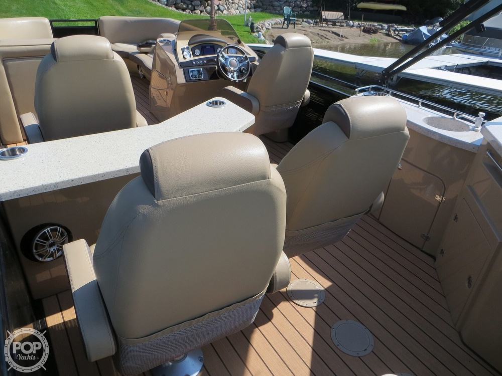 2018 Harris boat for sale, model of the boat is Solstice 240 & Image # 18 of 40