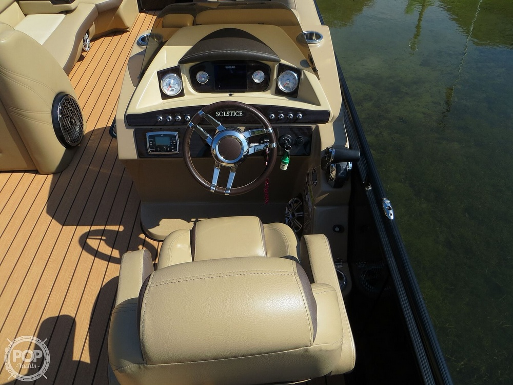 2018 Harris boat for sale, model of the boat is Solstice 240 & Image # 27 of 40