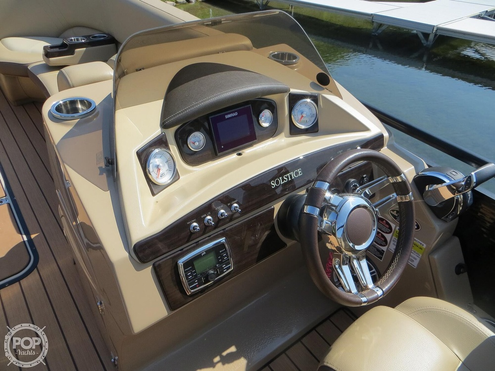 2018 Harris boat for sale, model of the boat is Solstice 240 & Image # 30 of 40