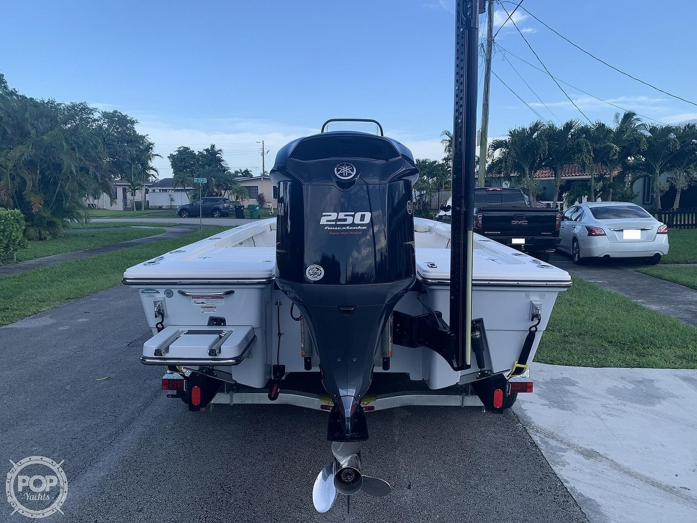 2019 Pathfinder boat for sale, model of the boat is 2200 TRS & Image # 5 of 40