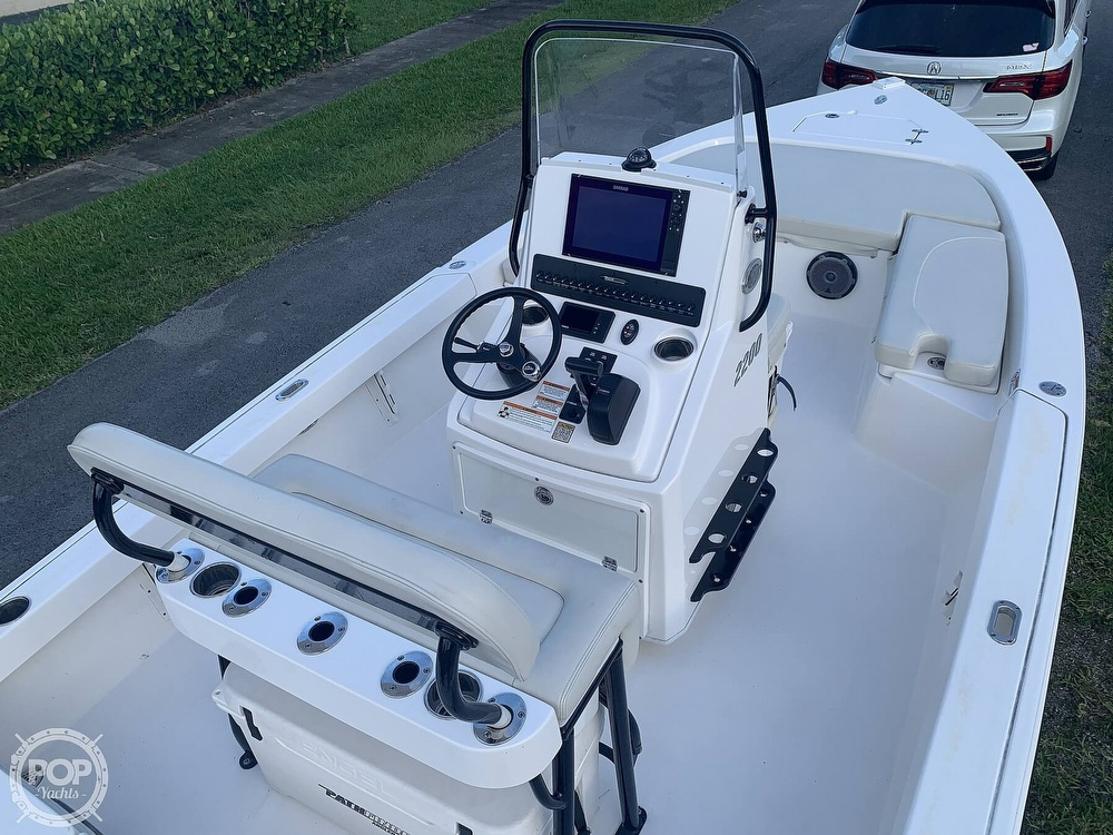 2019 Pathfinder boat for sale, model of the boat is 2200 TRS & Image # 25 of 40