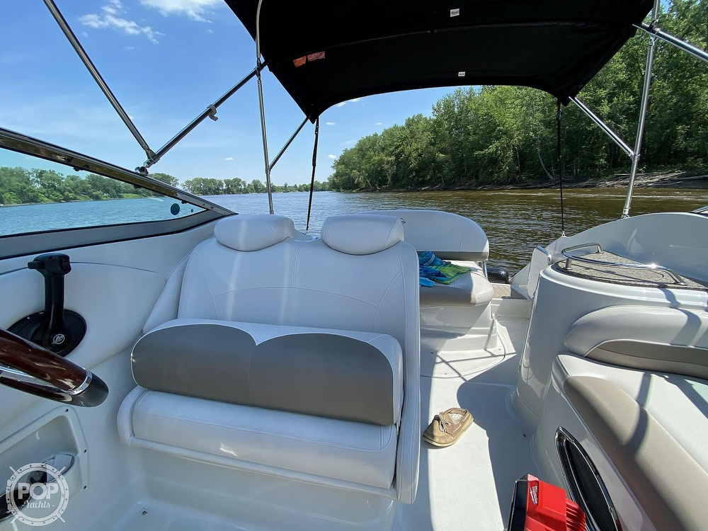 2018 Crownline boat for sale, model of the boat is 264CR & Image # 3 of 40