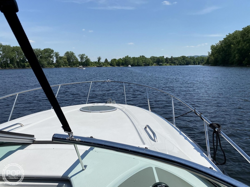 2018 Crownline boat for sale, model of the boat is 264CR & Image # 37 of 40