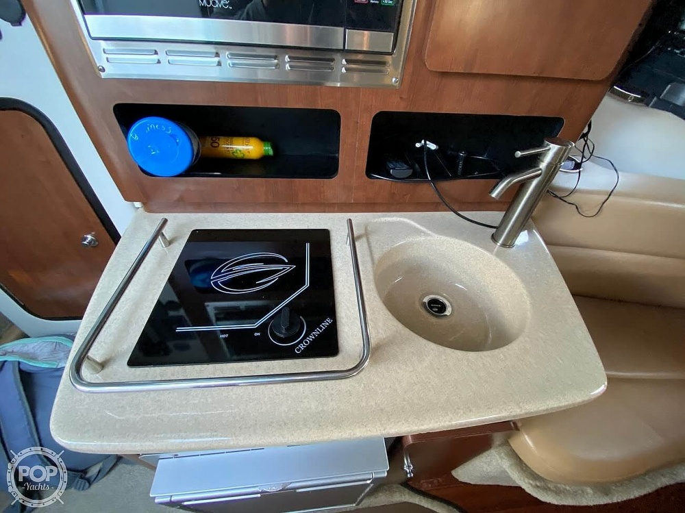 2018 Crownline boat for sale, model of the boat is 264CR & Image # 31 of 40