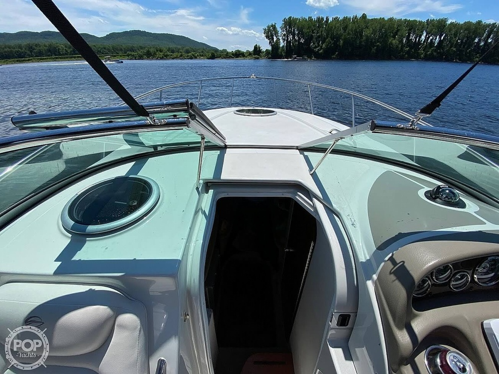 2018 Crownline boat for sale, model of the boat is 264CR & Image # 17 of 40
