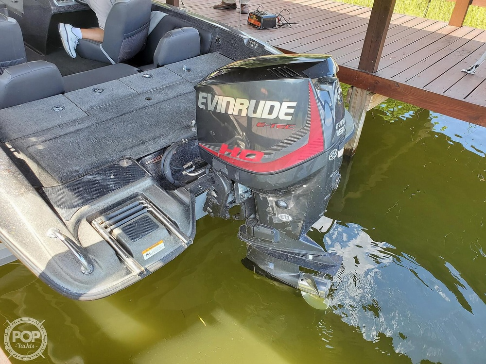 2014 Stratos boat for sale, model of the boat is 486FS & Image # 21 of 41