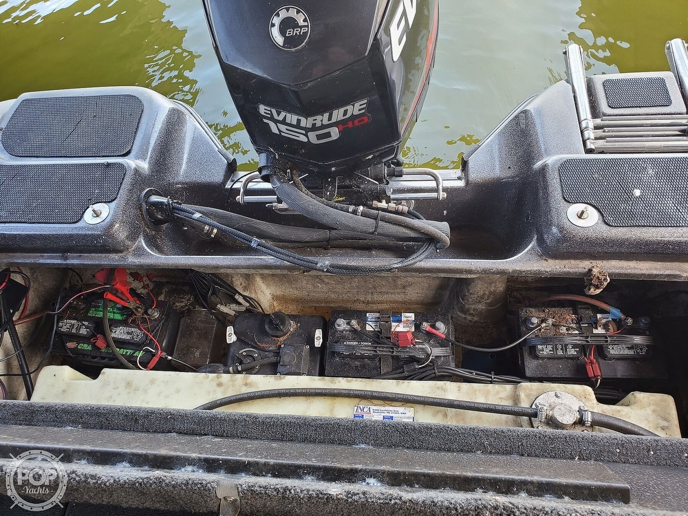 2014 Stratos boat for sale, model of the boat is 486FS & Image # 25 of 41