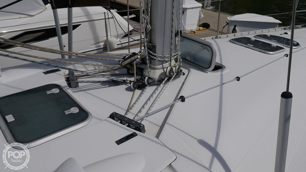 1995 Beneteau boat for sale, model of the boat is First 42S7 Shoal & Image # 30 of 40
