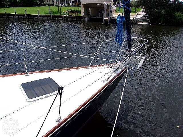 1987 Sabre boat for sale, model of the boat is 42 & Image # 27 of 40
