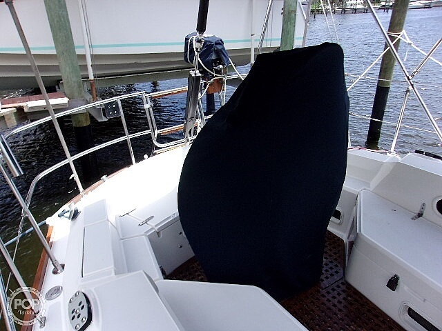 1987 Sabre boat for sale, model of the boat is 42 & Image # 33 of 40