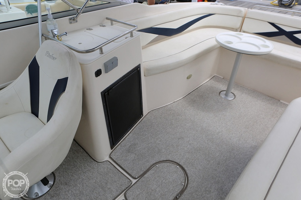 2006 Rinker boat for sale, model of the boat is Captiva 282 & Image # 31 of 40