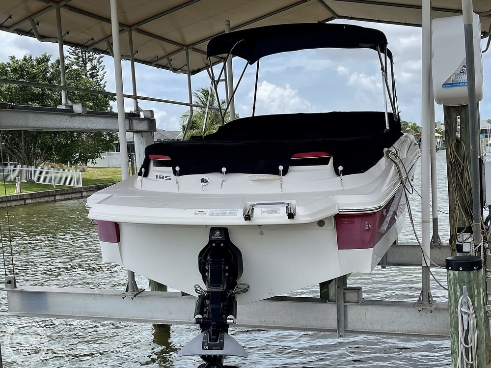 2011 Sea Ray boat for sale, model of the boat is 195 Sport & Image # 14 of 40