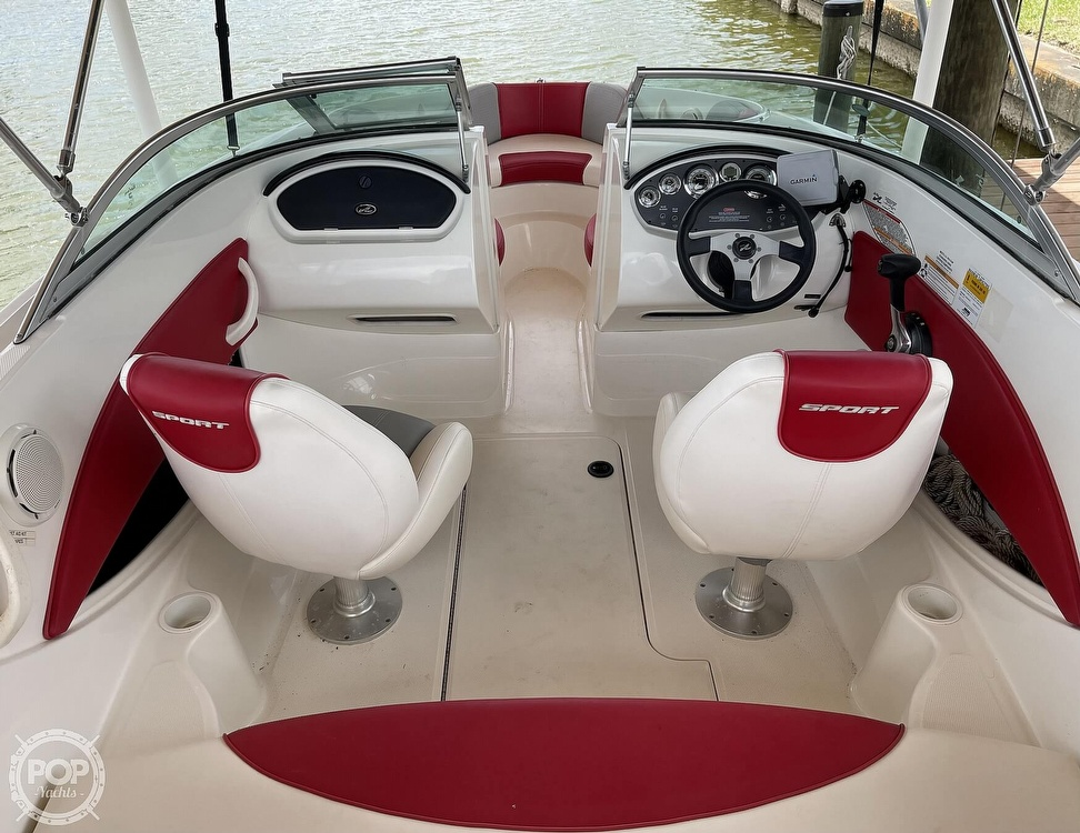 2011 Sea Ray boat for sale, model of the boat is 195 Sport & Image # 2 of 40