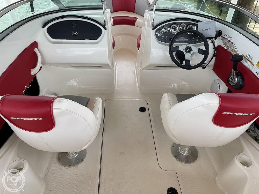2011 Sea Ray boat for sale, model of the boat is 195 Sport & Image # 13 of 40