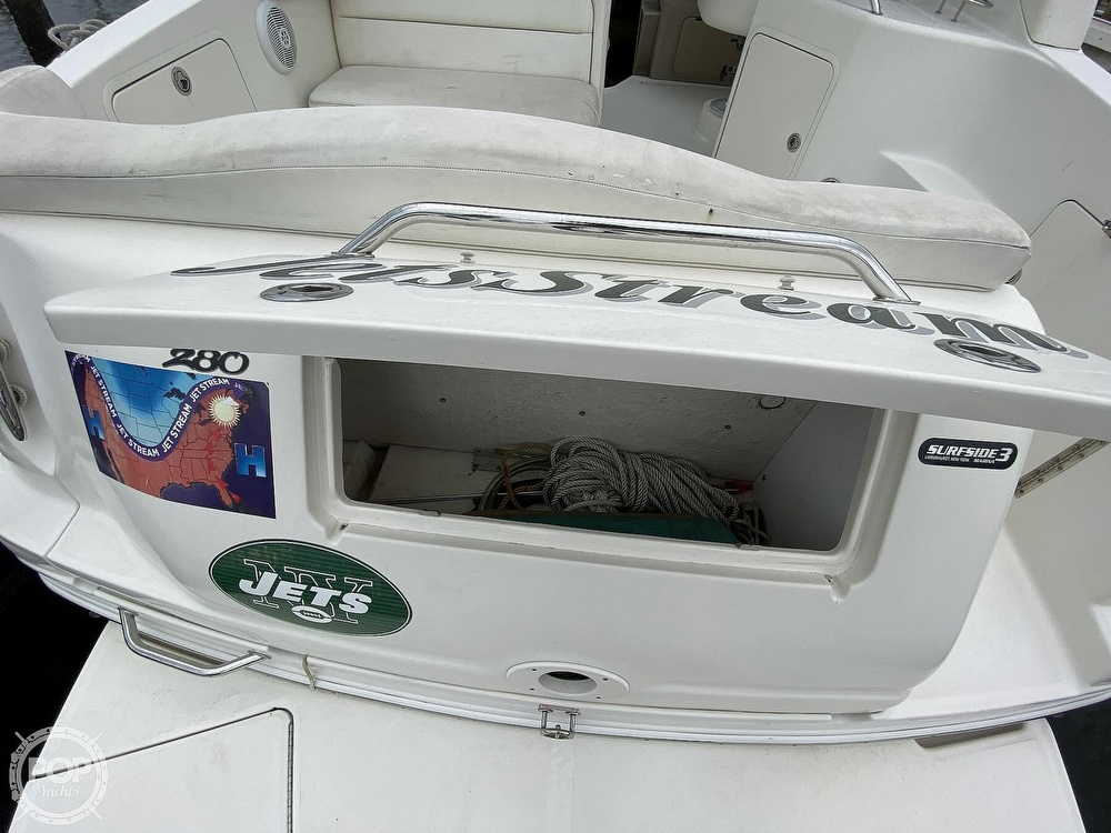 2005 Sea Ray boat for sale, model of the boat is 280 Sundancer & Image # 12 of 40