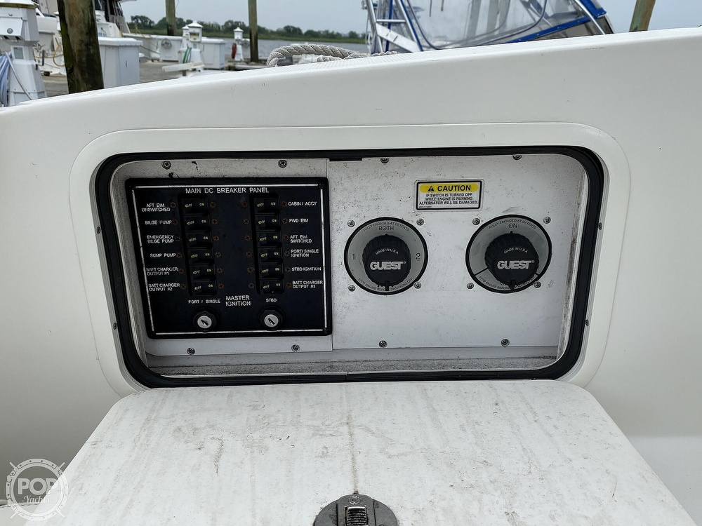 2005 Sea Ray boat for sale, model of the boat is 280 Sundancer & Image # 19 of 40
