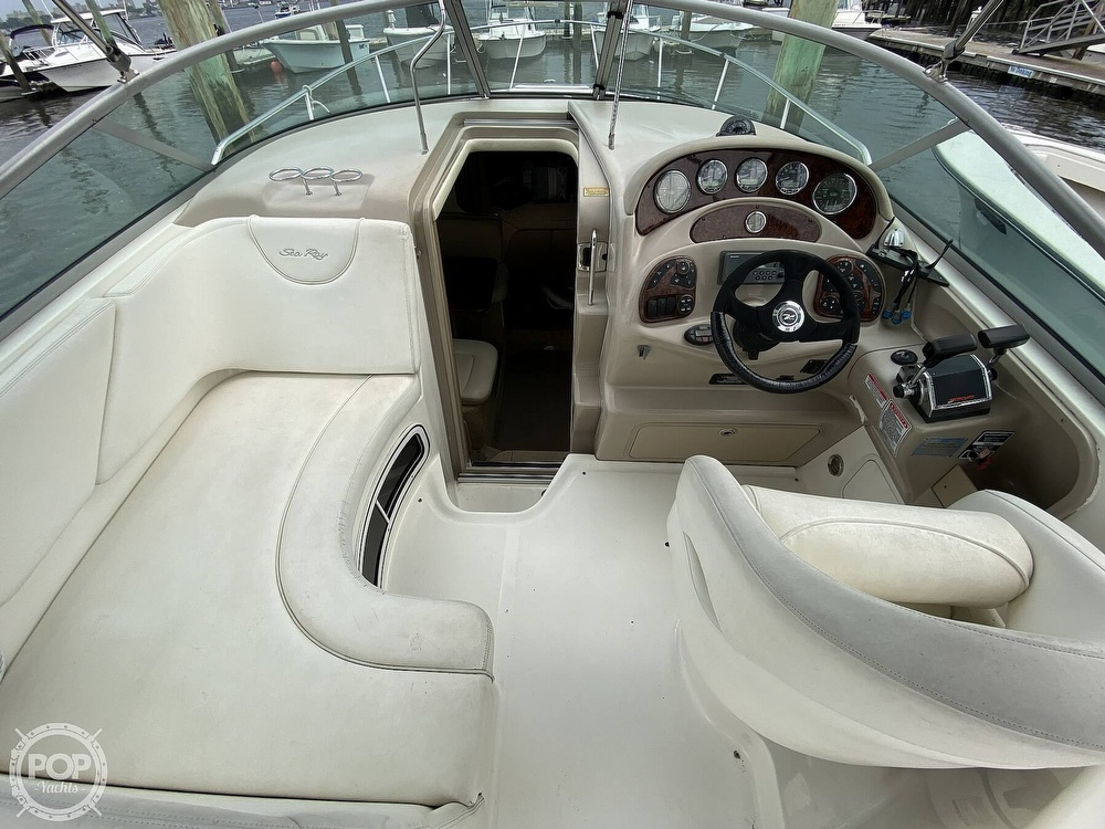 2005 Sea Ray boat for sale, model of the boat is 280 Sundancer & Image # 27 of 40