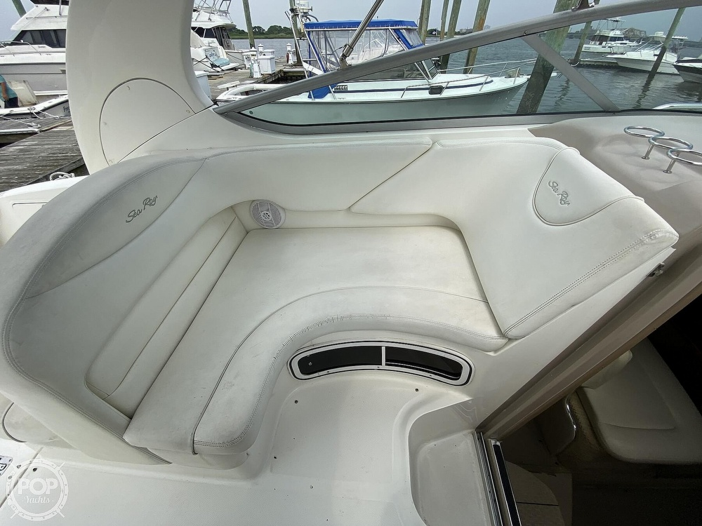 2005 Sea Ray boat for sale, model of the boat is 280 Sundancer & Image # 31 of 40