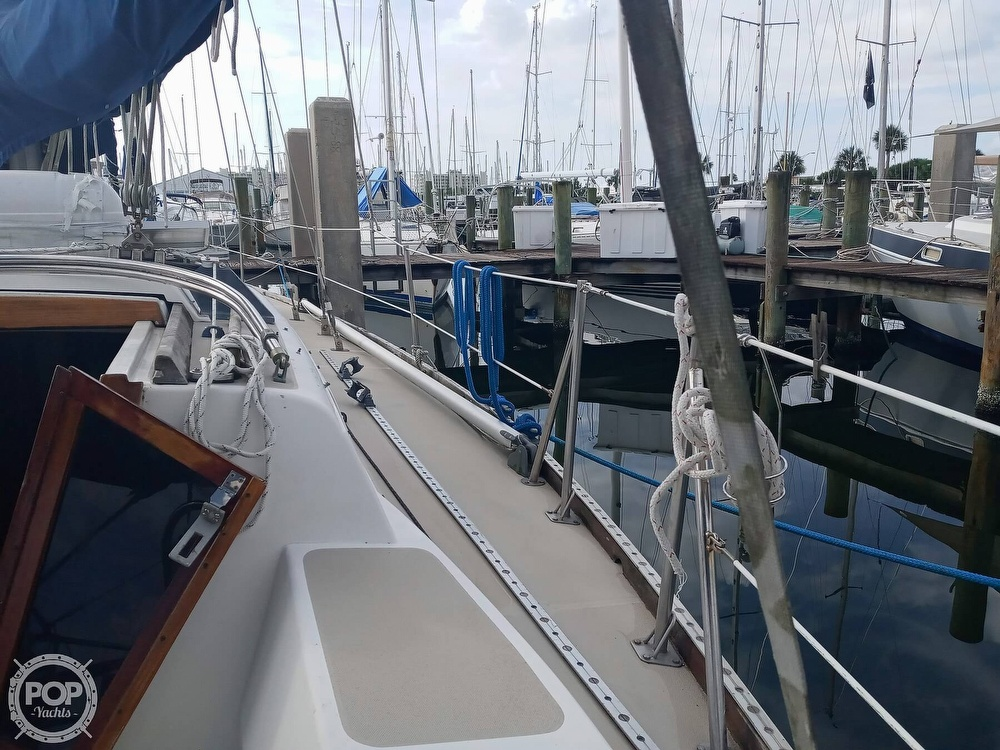 1980 CAL boat for sale, model of the boat is 39 & Image # 18 of 40