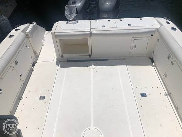 2000 Century boat for sale, model of the boat is 3200 & Image # 5 of 40