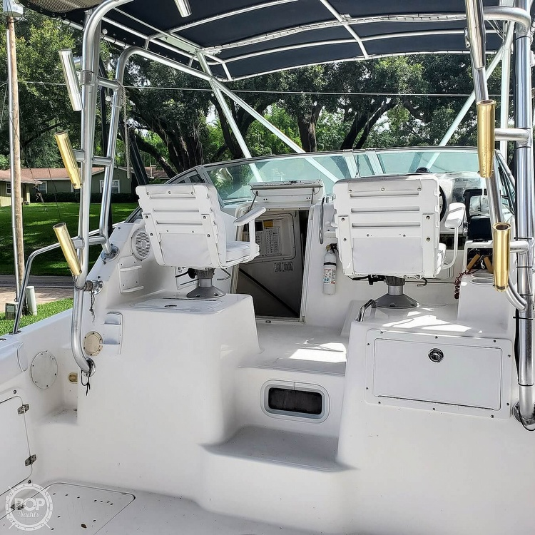 2000 Century boat for sale, model of the boat is 3200 & Image # 26 of 40