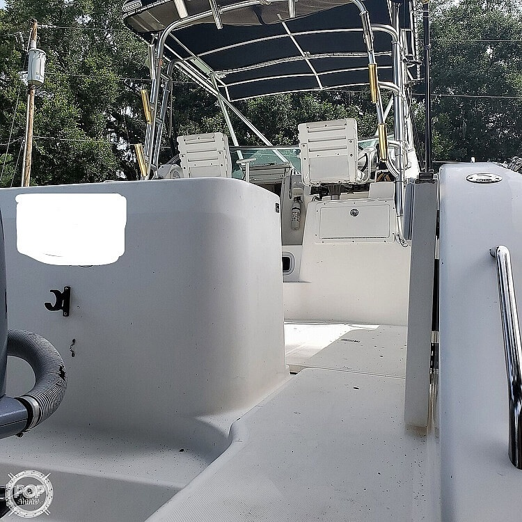 2000 Century boat for sale, model of the boat is 3200 & Image # 10 of 40