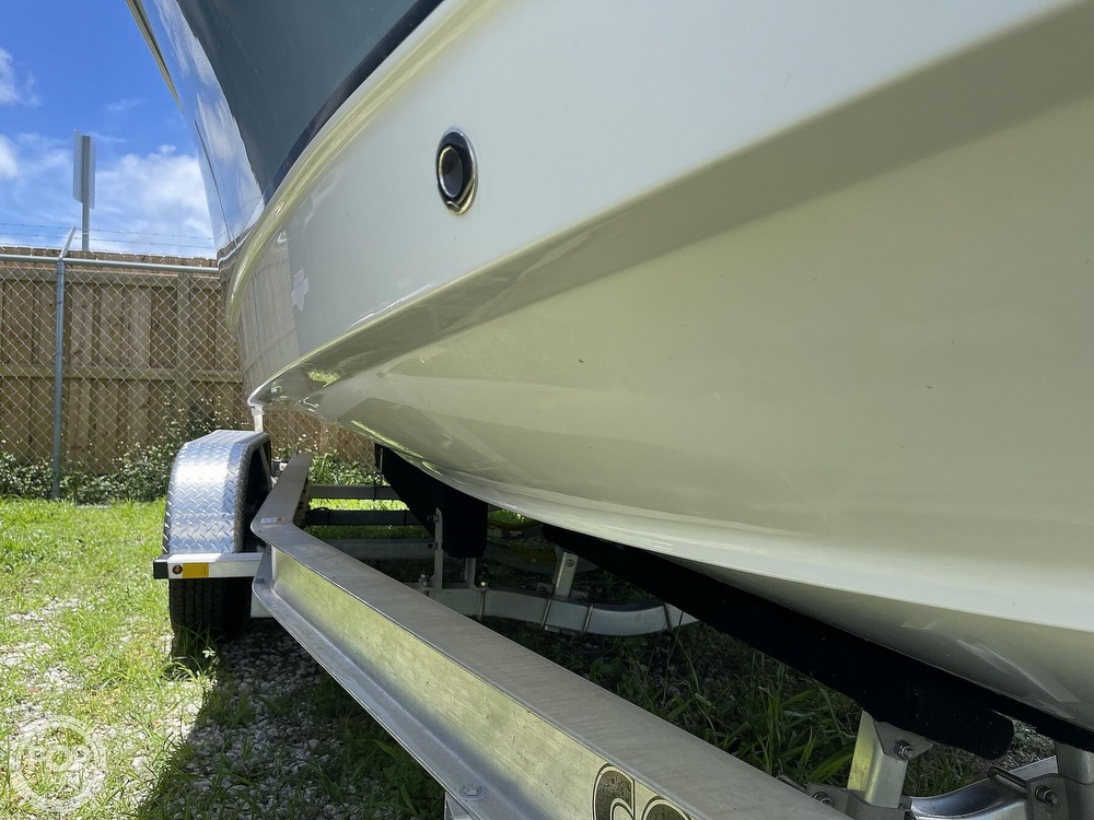 2021 Sea Hunt boat for sale, model of the boat is Ultra 234 & Image # 11 of 40