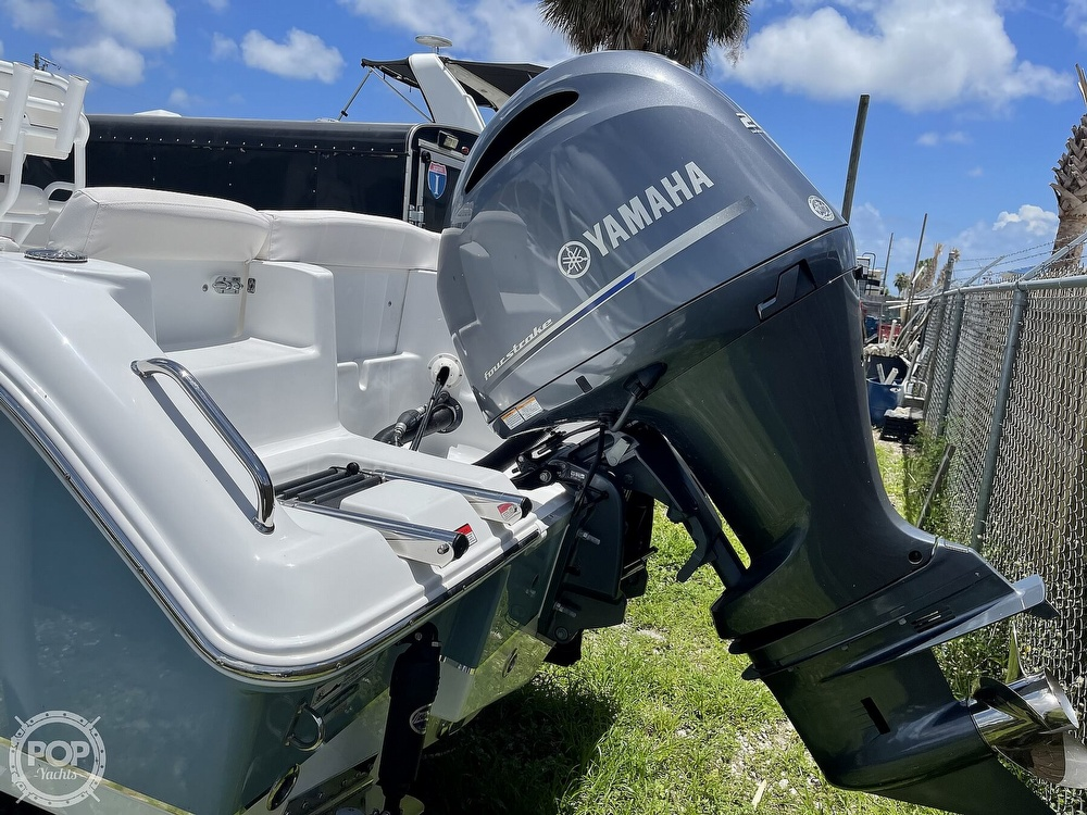 2021 Sea Hunt boat for sale, model of the boat is Ultra 234 & Image # 17 of 40