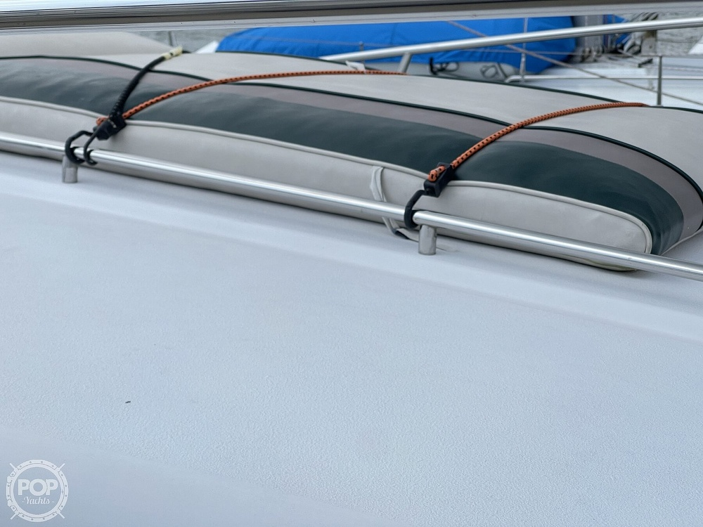 1996 Chaparral boat for sale, model of the boat is 31 Signature & Image # 12 of 40