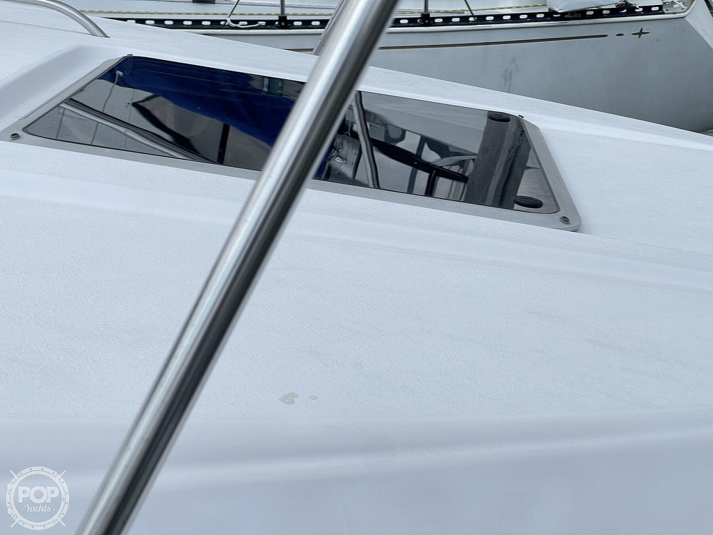 1996 Chaparral boat for sale, model of the boat is 31 Signature & Image # 13 of 40