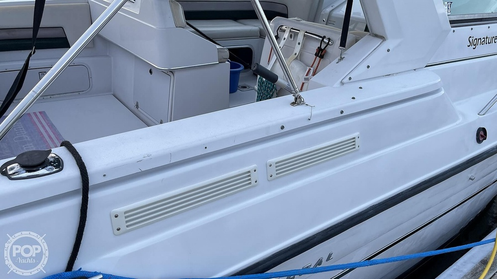 1996 Chaparral boat for sale, model of the boat is 31 Signature & Image # 24 of 40