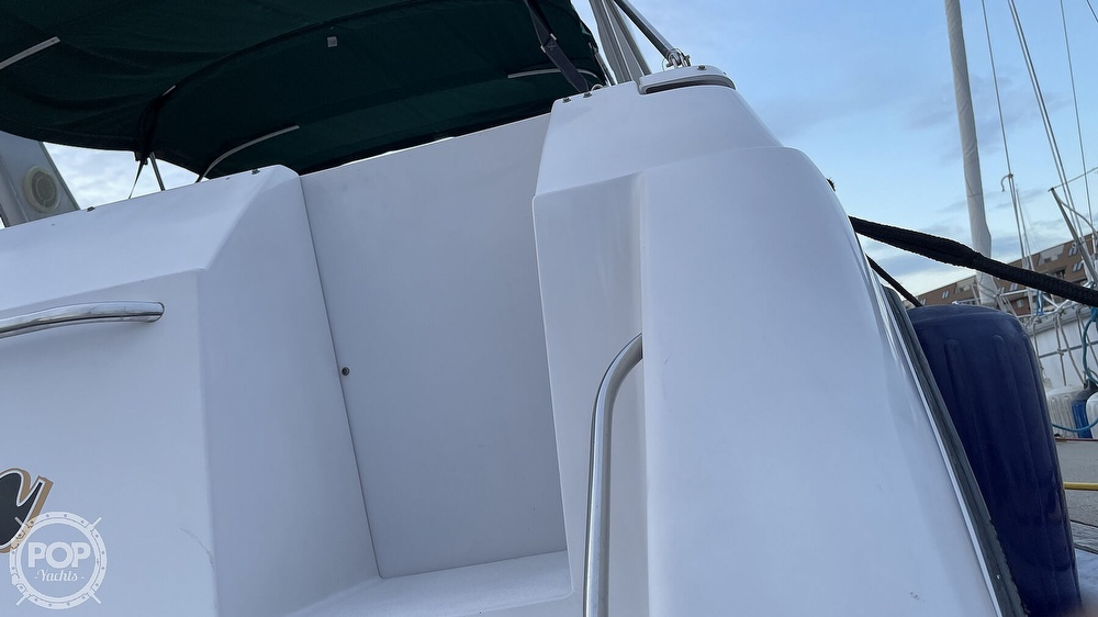 1996 Chaparral boat for sale, model of the boat is 31 Signature & Image # 27 of 40