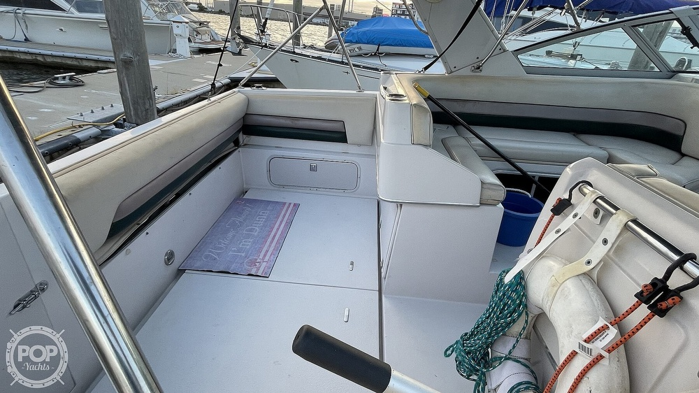 1996 Chaparral boat for sale, model of the boat is 31 Signature & Image # 28 of 40