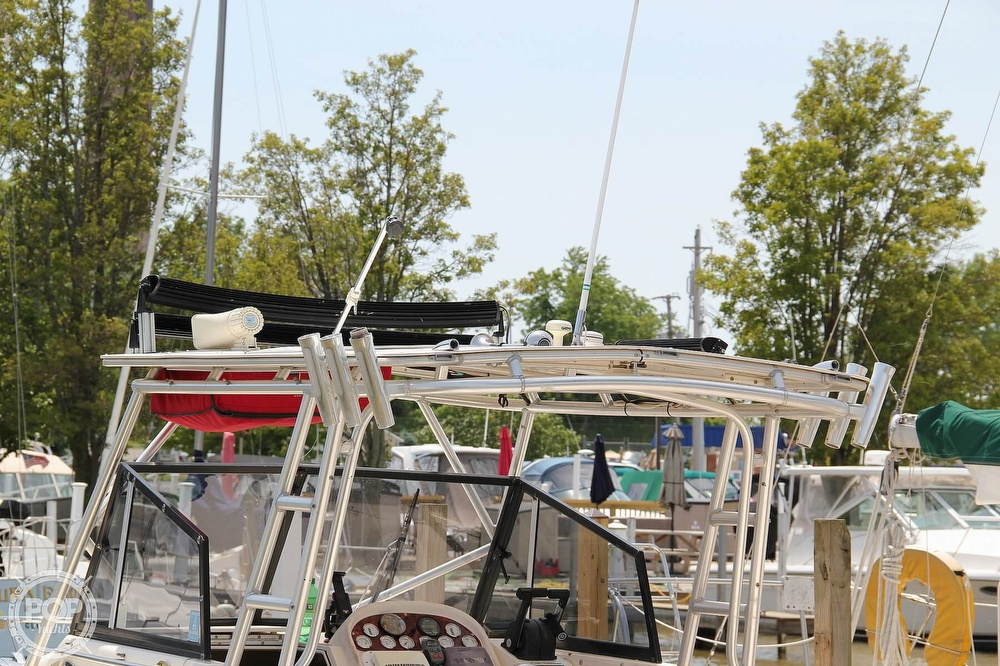 1999 World Cat boat for sale, model of the boat is 266SC & Image # 14 of 40